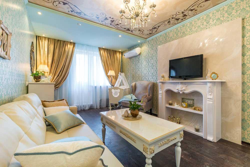 Светлая гостиная в классическом стиле 18 кв. м.