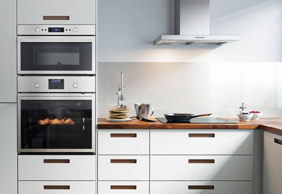 Какие особенности кухни со встроенной техникой можно отметить